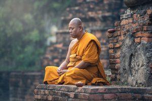 budistični menih meditacija